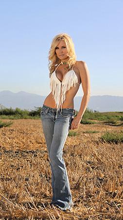 Tonya Watts Bio